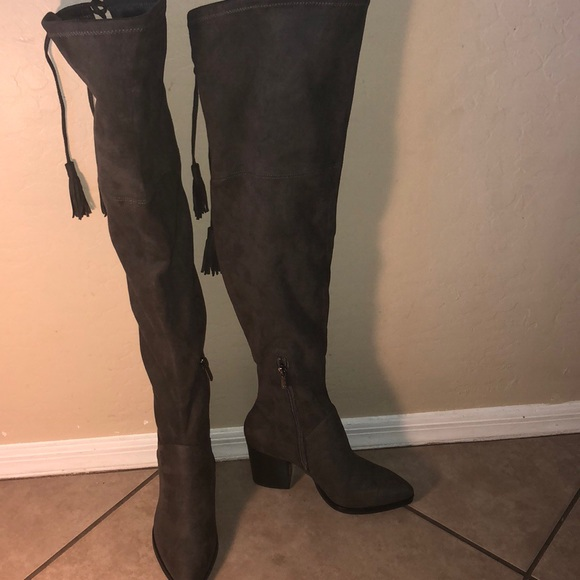 770cb352508 Marc Fisher Alinda  Over the Knee Boot. M 5b8f1ec11299554a3340b7e6